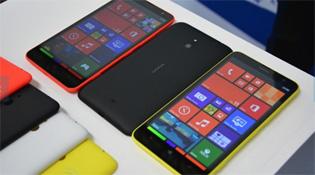Nokia Lumia 1320 có giá 7,5 triệu đồng, bán từ ngày 3/1/2014