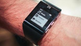 ZTE gia nhập thị trường smartwatch với BlueWatch gọn nhẹ