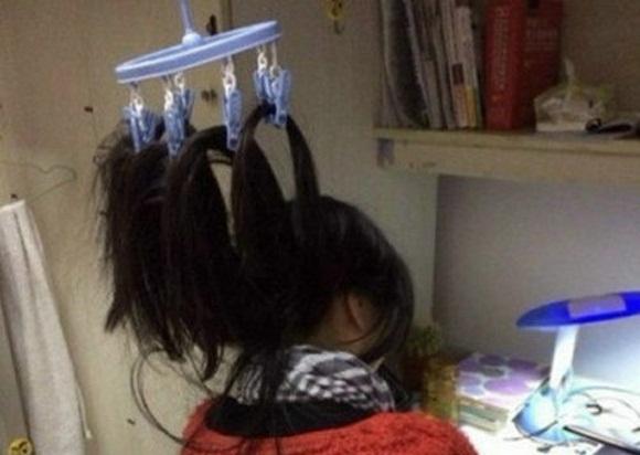 """""""Phát minh"""" chống ngủ gật nổi như cồn trên mạng Trung Quốc"""