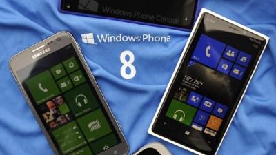 """Microsoft """"tán tỉnh"""" Samsung và Sony bằng tiền tỉ vì WP8"""