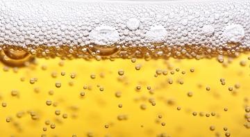 Rượu bia làm đàn ông mất trí nhớ nhanh hơn