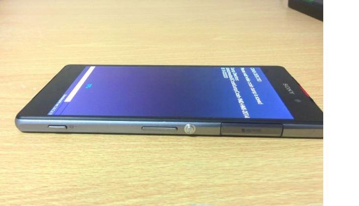"""Lộ diện mẫu smartphone bí ẩn, phiên bản """"mỏng"""" của Xperia Z1?"""