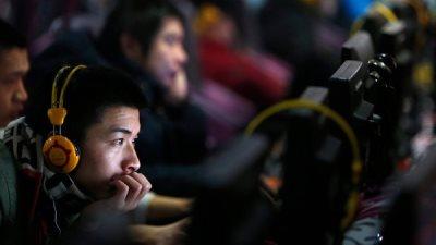 Trung Quốc bắt dùng tên thật khi tải video lên mạng
