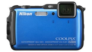 Nikon ra máy ảnh du lịch siêu bền thế hệ mới