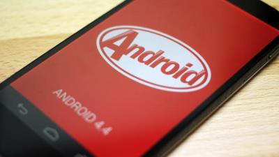 Google ép các nhà sản xuất phần cứng cài sẵn Android mới