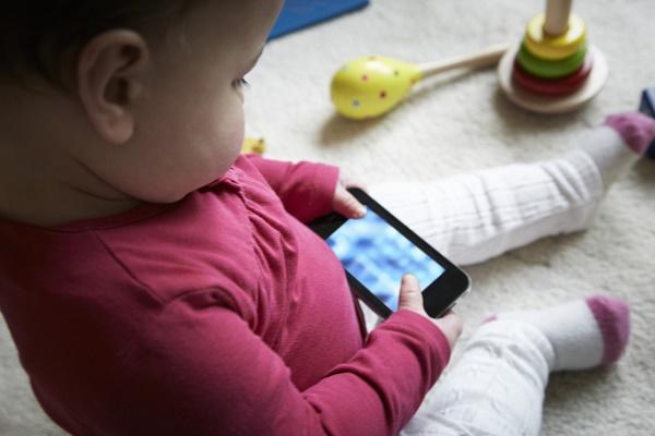 Sóng Wi-Fi có gây hại cho trẻ sơ sinh?