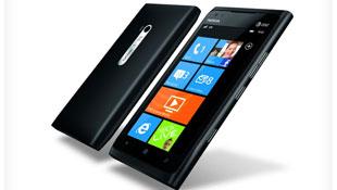 Lumia 900 màn hình AMOLED 4.3 inch, 4G