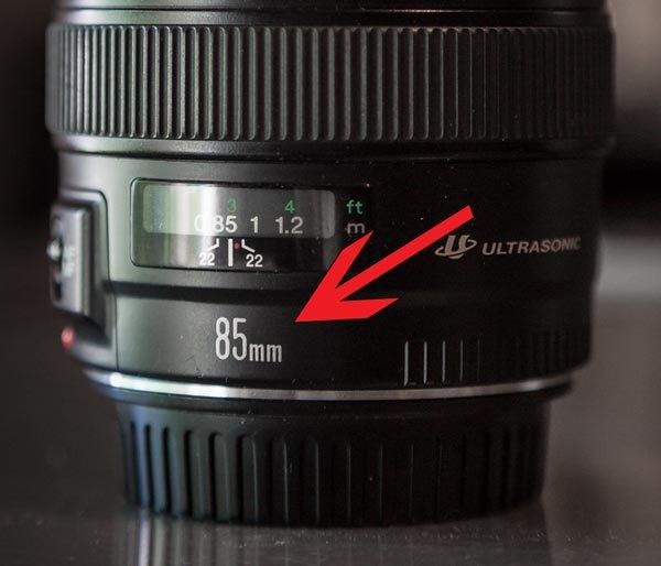 Các thông số trên ống kính được đọc sao cho đúng? 4