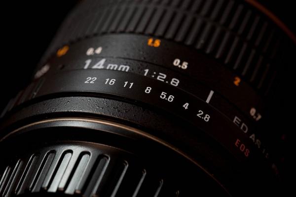Hiểu rõ các thông số có trên ống kính máy DSLR
