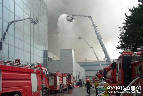 Cháy lớn tại nhà máy sản xuất PCB có thể làm chậm ngày phát hành Galaxy S5